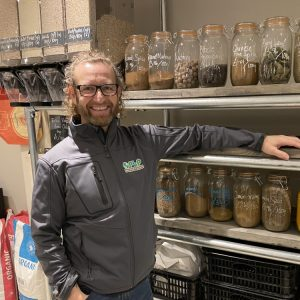 carl powered by plants. plant based food shop